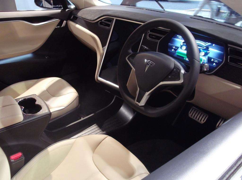 Tesla16